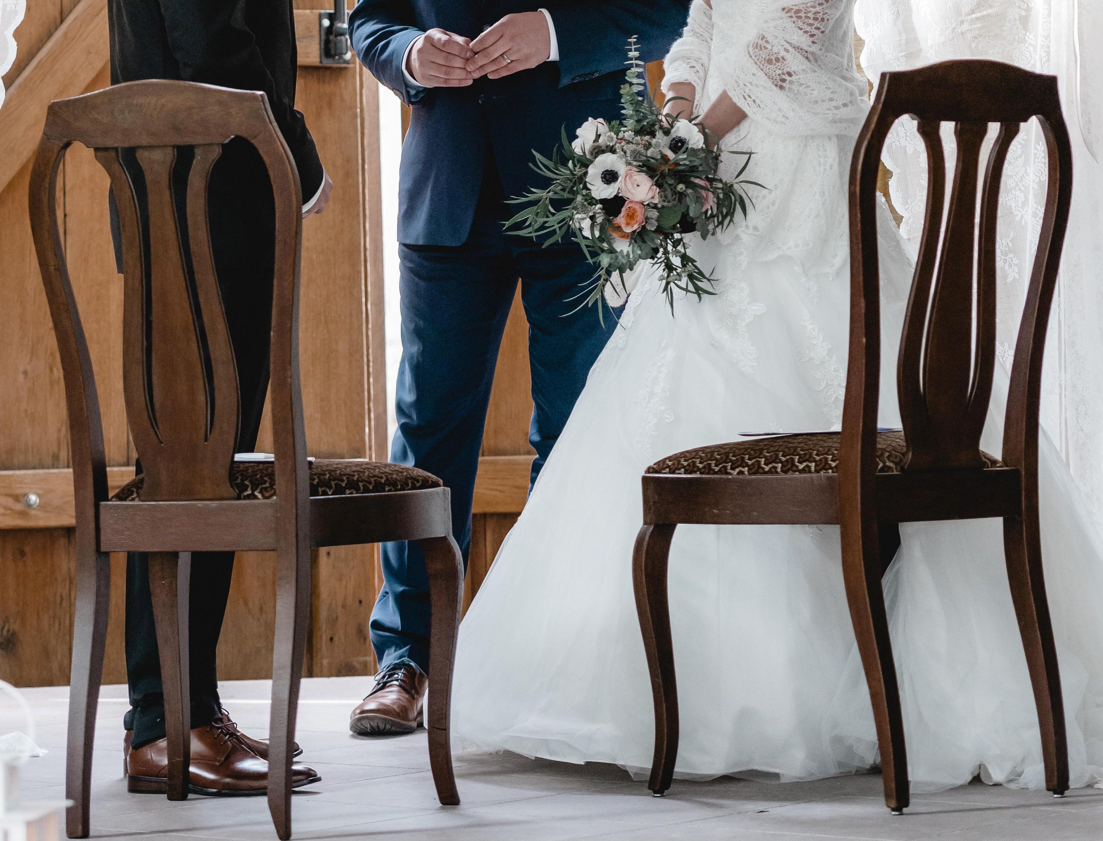 Stühle-braun