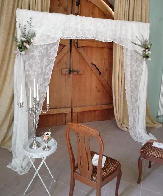 Traubogen-Stuhl