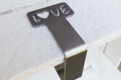 Kirchenbankhalterung-LOVE